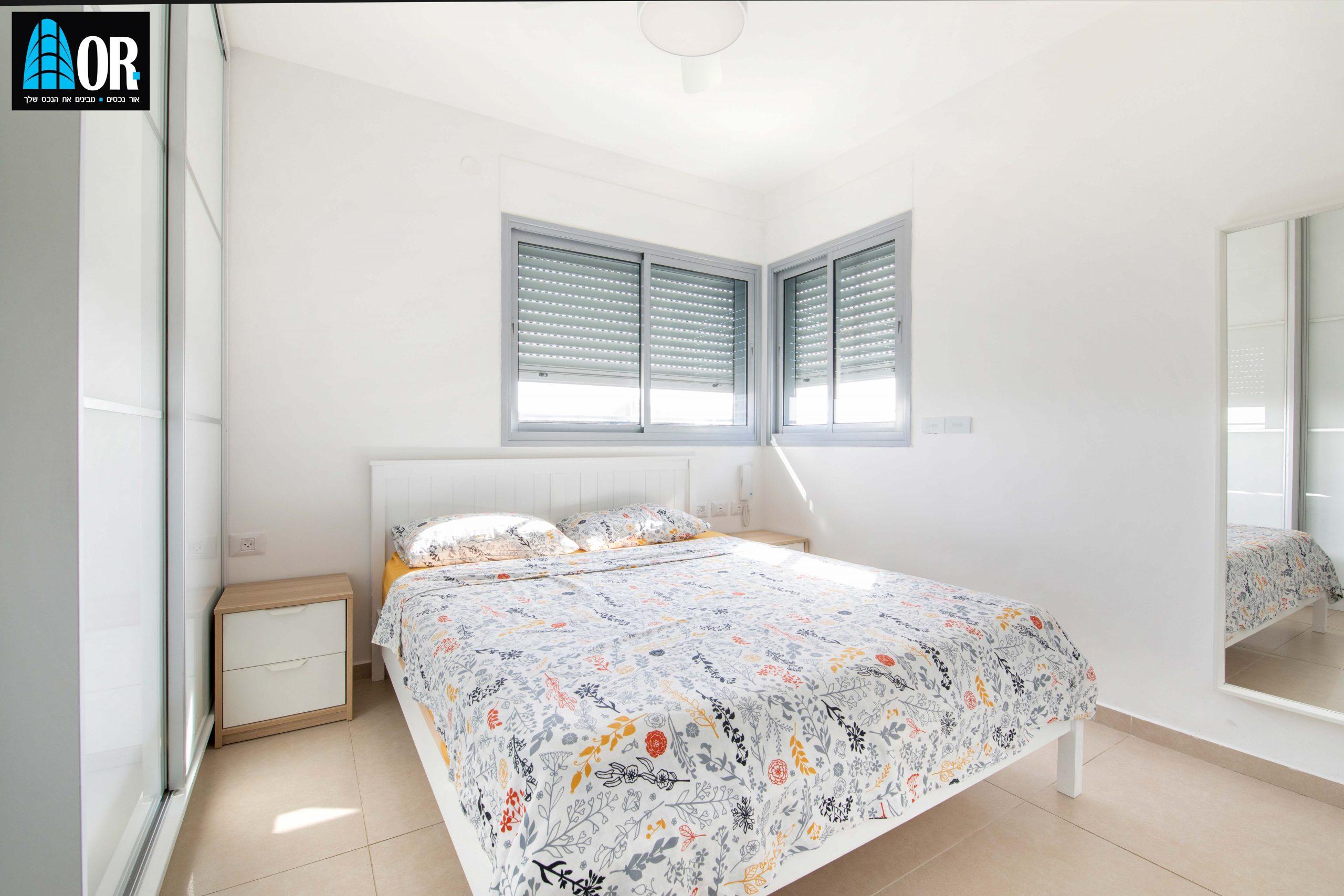 חדר שינה דירה 4 חדרים שכונה צמרות
