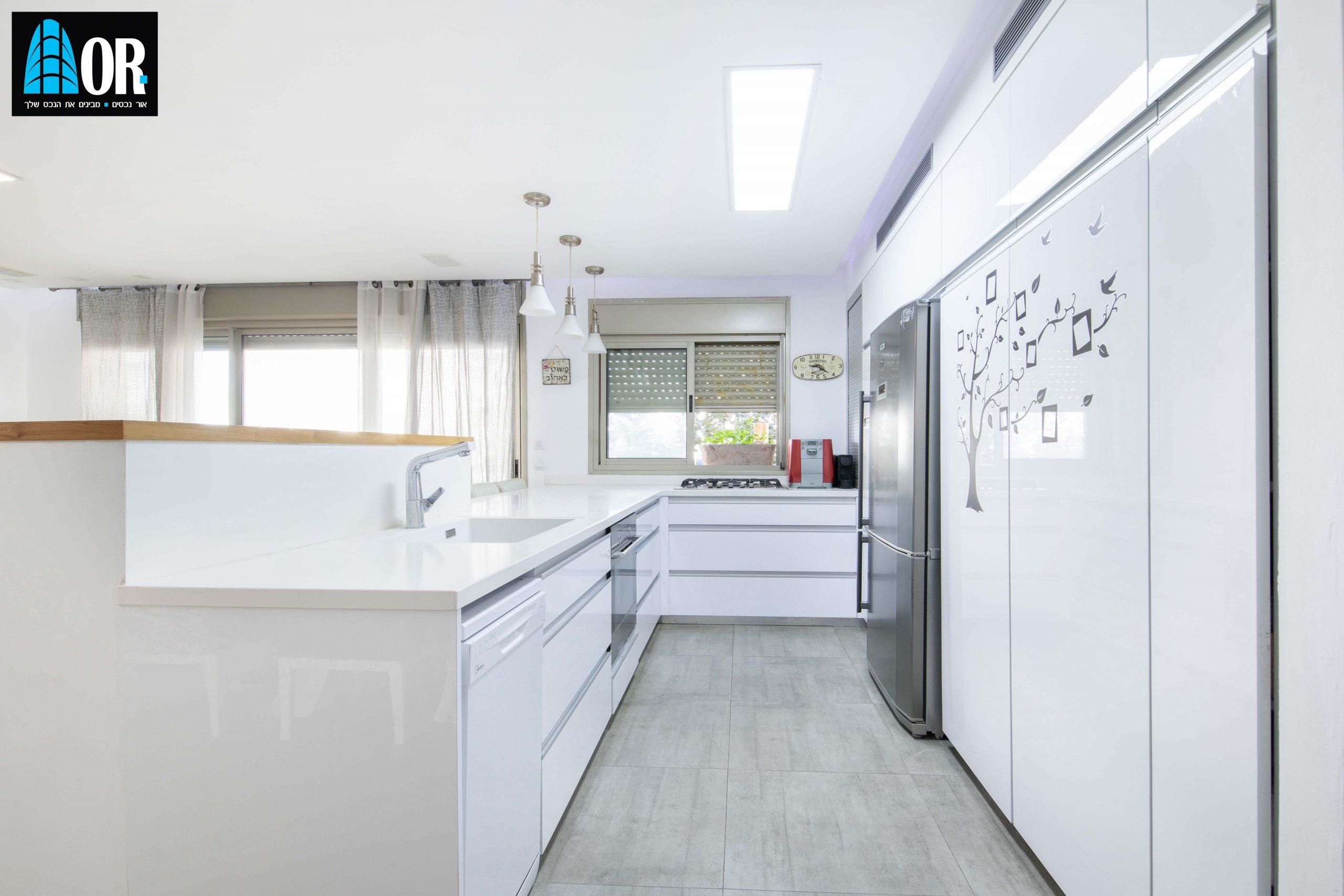 מטבח דירה 5 חדרים שכונה תלמי מנשה