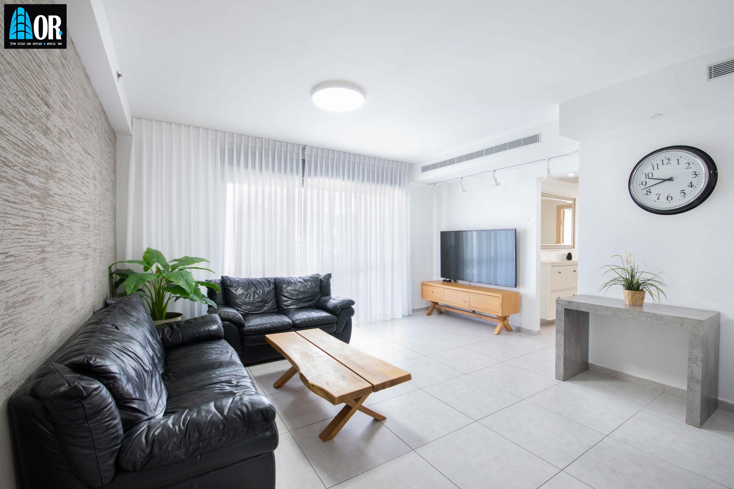 סלון למכירה דירה 5 חדרים, שכונה צמרות