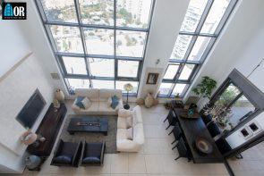 סלון פנטהאוז 6 חדרים שכונה פארק המושבה