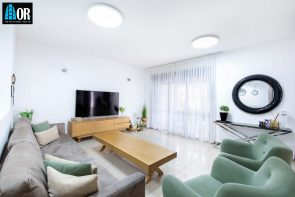 סלון דירת גן 5 חדרים שכונה ליכטנשטיין