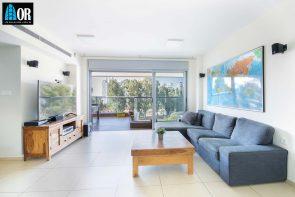 סלון דירה 4.5 חדרים, שכונה פארק המושבה